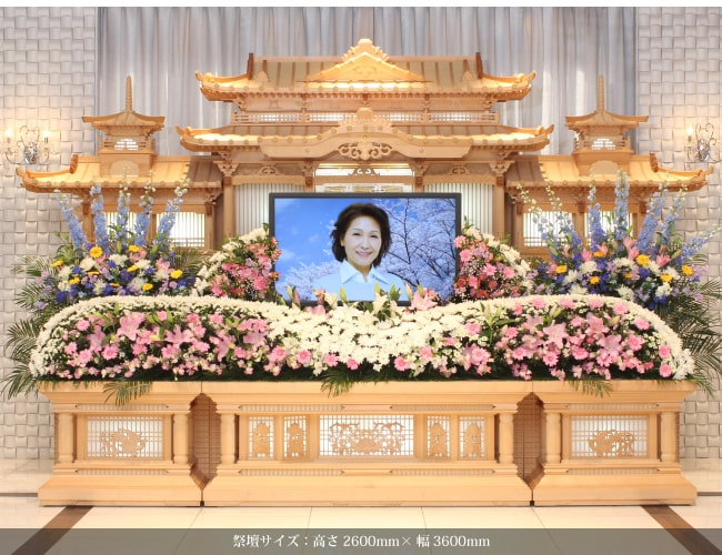 祭壇 白木 白木祭壇と生花祭壇はどう違う?祭壇の種類と選び方のポイント